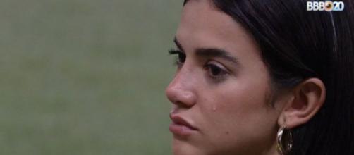 Manu chora ao falar que votou em Flay no 'BBB20'. (Reprodução/TV Globo)