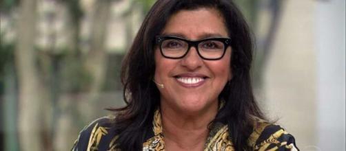 """Regina Casé comenta pausa de """"Amor de Mãe"""" e diz para ficarem em suas residências. ( Arquivo Blasting News )"""