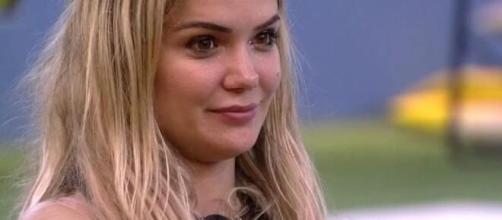 Marcela é uma das sisters que acredita em paredão falso. (Reprodução/TV Globo)