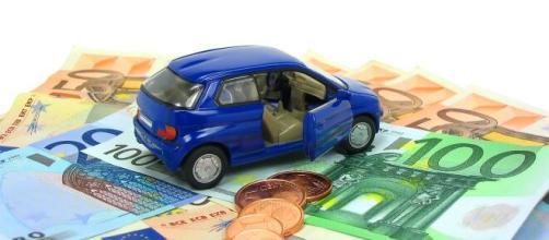 Scende il prezzo delle assicurazioni auto: merito della riforma ... - sostariffe.it