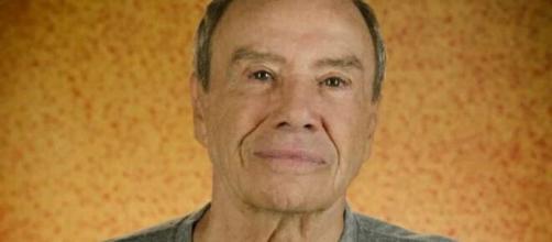 Stênio Garcia foi demitido da Globo recentemente e não sabe o que fará. (Reprodução/TV Globo).