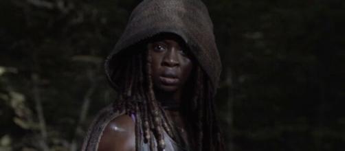 The Walking Dead, anticipazioni 10x13: Michonne e Virigil giungeranno sull'isola misteriosa