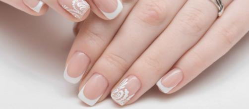 Las uñas bien cuidadas reflejan belleza y salud. - ensenanzadual.com