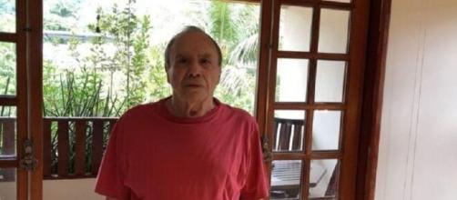 Stênio Garcia foi surpreendido com não renovação do contrato com a Globo. ( Reprodução/Instagram )