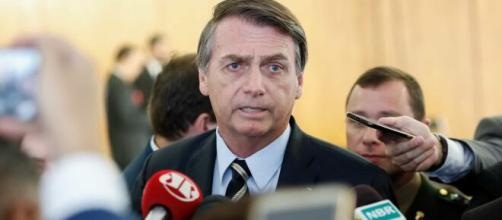 Bolsonaro é vaiado e aplaudido durante posse do presidente uruguaio. (Arquivo Blasting News)