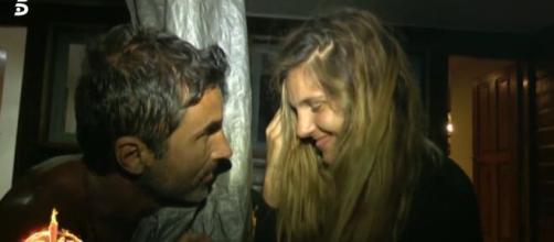 El romántico y furtivo beso protagonizado de Hugo e Ivana en ... - bekia.es