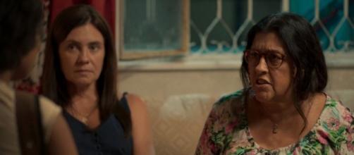 """Lurdes vai acreditar que foi enganada no capítulo desta sexta (20) de """"Amor de Mãe"""". (Reprodução/TV Globo)"""