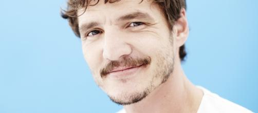 Pedro Pascal Wallpapers Images Photos Pictures Backgrounds - wallsdesk.com