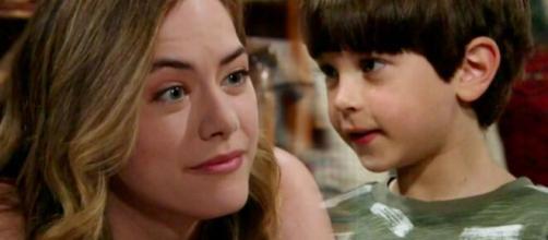 Beautiful, trame al 28 marzo: Douglas chiede a Hope di fargli da madre.