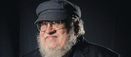 George R.R. Martin écrit la fin de Game of Thrones. Credit : Wikimedia Commons/Henry Söderlund