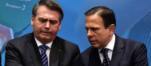 João Dória se mostrou irritado com as falas de Jair Bolsonaro sobre o coronavírus. (Arquivo Blasting News)