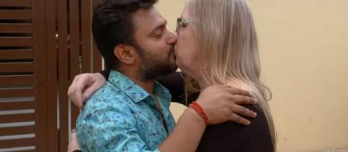 On '90 Day Fiancé,' Jenny hinted her that she's in India, could marry Sumit soon. [Image Source: TLC/ YouTube]