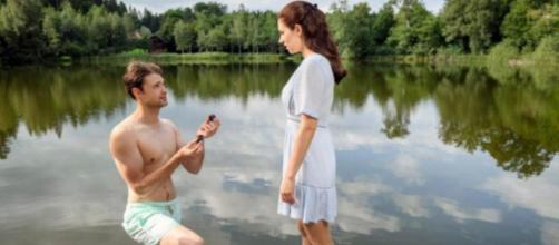 Tempesta d'amore: Joshua e Denise si promettono amore eterno.