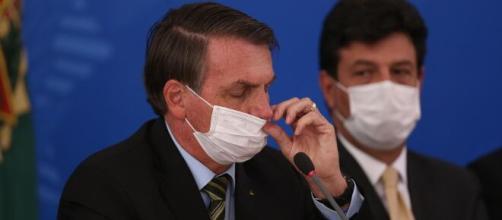 Bolsonaro não apoia fechamento de igrejas como prevenção ao coronavírus. (Arquivo Blasting News)