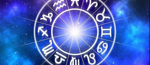 Oroscopo della settimana per tutti i segni: amore, lavoro e salute.. - blastingnews.com