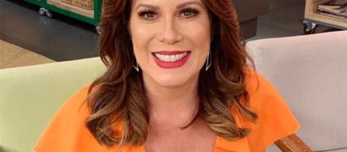 Após sentir os sintomas do novo coronavírus, Regina Volpato é afastada do programa Mulheres. (Arquivo Blasting News)