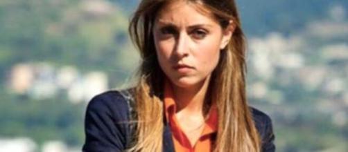 Un posto al sole, spoiler dal 30 marzo al 3 aprile: Serena valuta la proposta di Leonardo di seguirlo in Sicilia.