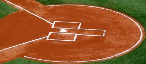An image of home plate. [image source: Paul Brennan- PublicDomainPictures.net]