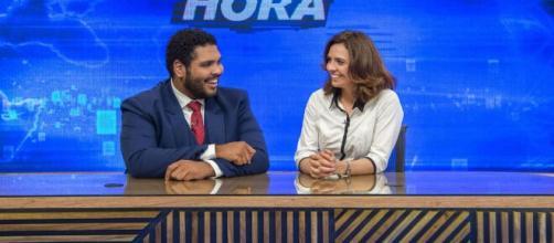 Paulo Vieira e Renata Gaspar no 'Fora de Hora': apresentadores do humorístico vão trabalhar de casa. (Arquivo Blasting News)