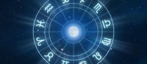 Previsioni astrologiche per la settimana da lunedì 30 marzo a domenica 5 aprile, l'oroscopo settimanale.
