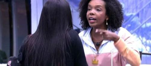 Thelma e Flayslane discutem no 'BBB20'. (Reprodução/TV Globo)