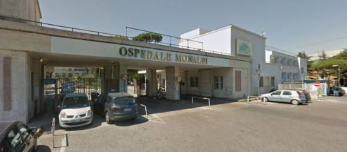 A Napoli gli ospedali Cotugno e Monaldi hanno terminato i posti letto in terapia intensiva.