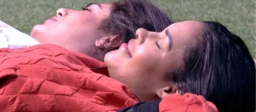 'BBB20': Flayslane relaxa após ter sobrevivido ao paredão. (Reprodução/TV Globo)