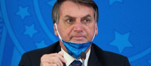 Bolsonaro edita Medida Provisória que suspende prazos para respostas através da Lei de Acesso à Informação. (Arquivo Blasting News)