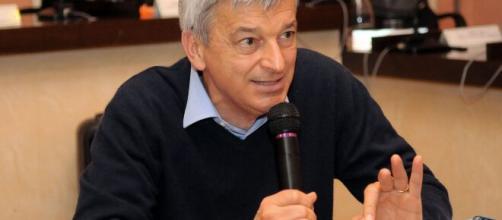 Coronavirus, associazione 'Patto per la scienza' denuncia nanopatologo Stefano Montanari