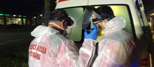 Coronavirus, continuano a salire i contagi, oggi 25 marzo altri 683 morti