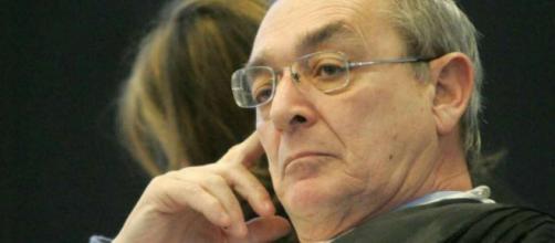 L'avvocato Taormina vuole denunciare Governo e medici.