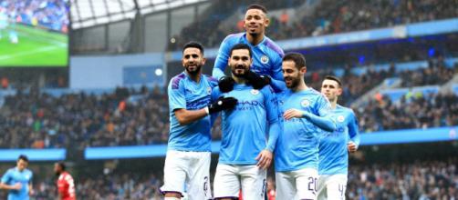 Le PSG garde un oeil sur les joueurs de Manchester city