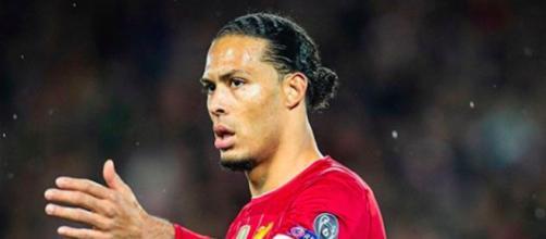 Van Dijk, attaquant de Liverpool est l'un des meilleurs défenseurs centraux d'Europe. Credit : Instagram/liverpoolfc