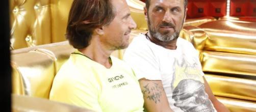 Grande Fratello Vip 4, Zequila e Aruta fanno pace dopo la lite in onda in prima serata