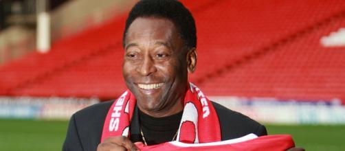O Rei do futebol Pelé lamentou profundamente a morte do irmão Zoca. (Arquivo Blasting News)