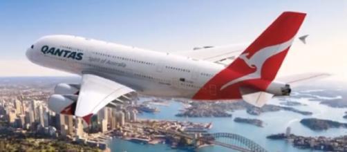 Qantas A380 - QF001 - Sydney to London via Dubai. [Image source/Liveinsydeny YouTube video]