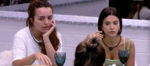 Rafa e Manu no 'esquenta' da festa da líder Thelma no 'BBB20'. (Reprodução/TV Globo)