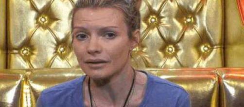GF Vip 4, Licia Nunez si confida con Patrick: 'Ho avuto un'adolescenza travagliata'.