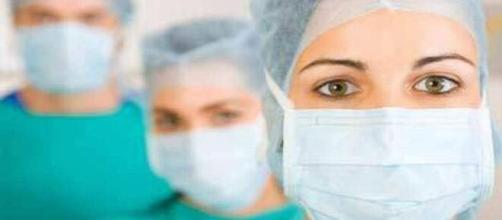 Lavoro per infermieri: bando di avviso pubblico d'urgenza per l'assunzione a tempo determinato di personale sanitario.