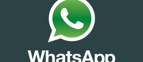 WhatsApp: secondo WABetaInfo sono in studio funzionalità contro le fake news