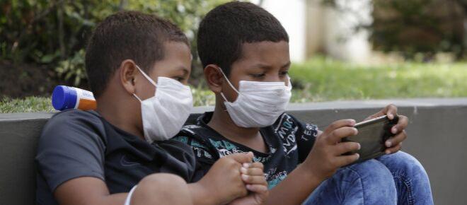 Youtube retira vídeos donde se asegura que el coronavirus se cura con remedios caseros