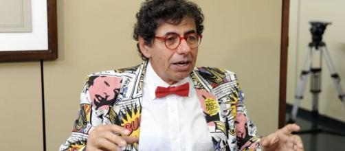Cartunista Daniel Azulay estava internado há duas semanas e pegou coronavírus. (Arquivo Blasting News).