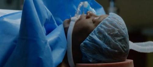 Nel finale di Grey's Anatomy 16, Miranda Bailey e Meredith Grey proveranno ad operare Richard Webber.