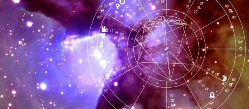 Oroscopo 29 marzo 2020: la giornata per i segni zodiacali