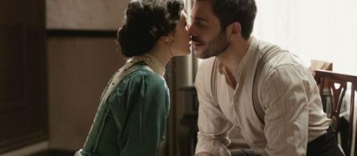 Una Vita, spoiler Spagna: Lucia confessa a Telmo di amarlo e di essere il padre di Mateo.