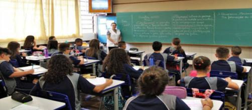 Covid-19: Escolas e Universidades ficarão suspensas no mês de abril podendo se estender. (Arquivo Blasting News)