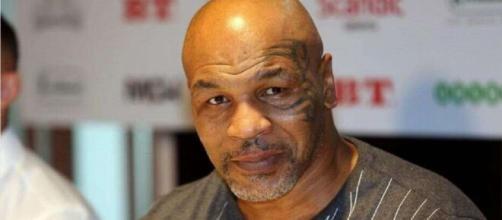 L'ex campione mondiale indiscusso dei pesi massimi, Mike Tyson.