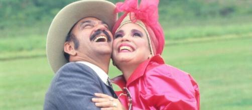 Lima Duarte viveu o personagem Sinhozinho Malta ao lado de Regina Duarte, atual secretária da Cultura. (Reprodução/TV Globo)
