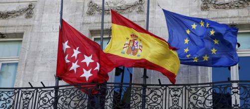 Madrid de luto oficial y banderas a media asta por el coronavirus.