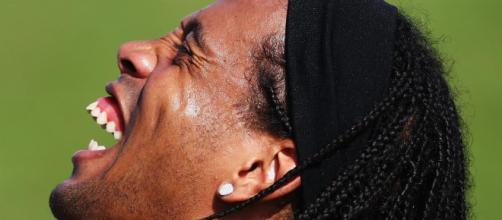 Ronaldinho revela por fin el secreto de su sonrisa - telemundodeportes.com